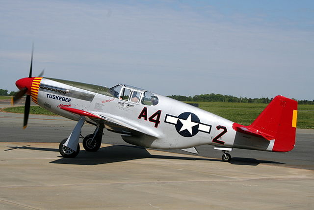 640px-P51_Mustang_Red_Tail